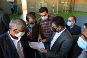 تصویر دیدار چهره به چهره استاندار البرز با 64 نفر از اهالی فردیس
